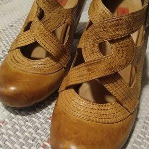 Gorgeous Miz Mooz Soho heels